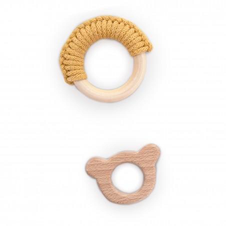 drewniany gryzak dla niemowlaka