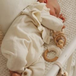 drewniana zawieszka sensoryczna dle niemowlaka