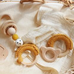 drewniany gryzak eko dla niemowlaka